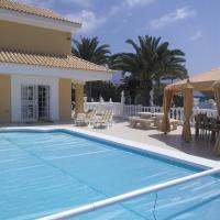 Hotel Pictures: Villa Deluxe, Callao Salvaje