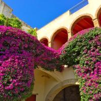 Hotel Pictures: Apartaments Can Gibert, Castelló dEmpúries