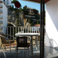 Two-Bedroom Apartment - Borodin with Street view (3-5 Adults)