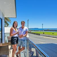 Hotel Pictures: Burnie by the Bay Apartments, Burnie