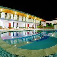 Hotel Pictures: Centro Vacacional Lago Center, Aguazul