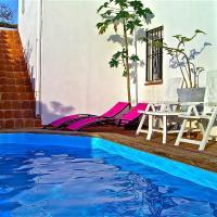 Hotel Pictures: Casa Panoramas, Iznate