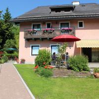 Hotel Pictures: Hotel-Pension Falkensteiner, Sankt Gilgen