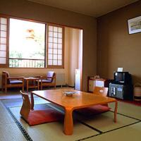 Japanese-Style Twin Room with Lake View