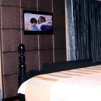 One-Bedroom Suite B