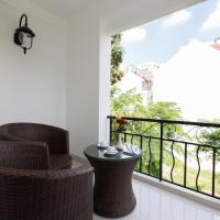 Executive Deluxe Double or Twin Room with Balcony