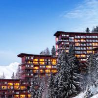 Hotel Pictures: Lagrange Vacances Le Roc Belle Face, Arc 1600