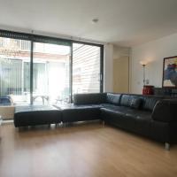 Garden Lounge Apartment