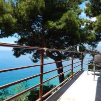 Comfort Two-Bedroom Apartment with Balcony and Sea View