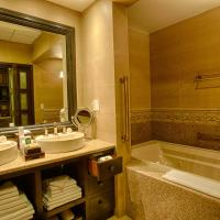 Deluxe Junior Suite with Hot Tub - 1 Child Stay Free