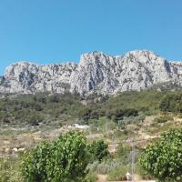 Hotel Pictures: Rincón De Pepe, El Castell de Guadalest