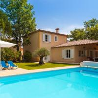 Villa with Private Pool (10-12 people)