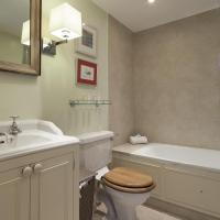 One-Bedroom Apartment - Cranley Gardens VI
