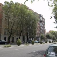 One-Bedroom Apartment - Calle Embajadores 93