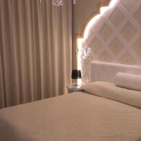 Deluxe Double or Twin Room with Balcony and Lateral Sea view