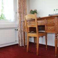 Double Room with Bath and Free Parking