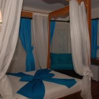 Deluxe Double Room with Sea View and Spa Bath