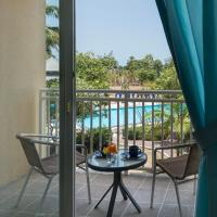 One-Bedroom King Suite with Pool View
