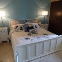 Hotel Pictures: Oasis Aruba Oceanfront #14, Palm-Eagle Beach