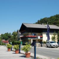 Hotel Pictures: Gästehaus Sunkler, Golling an der Salzach