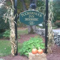Tuckernuck Inn Bed & Breakfast