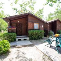 Bungalow with Patio (4 Adults)