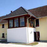 Hotel Pictures: Gästehaus Watschinger, Bad Wimsbach-Neydharting