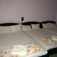 3 Double beds Room