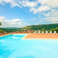 Hotel Pictures: Lagrange Vacances Le Domaine des Cazelles, Cajarc