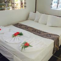 Family One-Bedroom Bungalow (2 Adults + 1 Child)