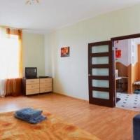 One-Bedroom Apartment - Dolynskogo Street 8