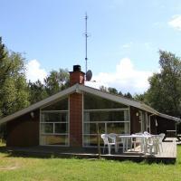 Fotografie hotelů: Three-Bedroom Holiday Home Remmerne with a Sauna 04, Vesterø Havn