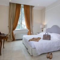 Large Junior Suite with Pool and Garden View