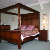 Kingsize Luxury Spa Room