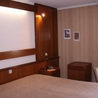 Hotel Pictures: La Chatelaine & Aux Chevaliers, Herbeumont