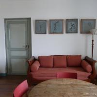 Meunier Apartment