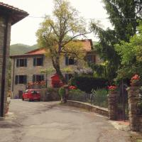 Hotellbilder: Graziosa Villetta In Pietra In Antico Paesino Toscano, San Godenzo