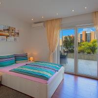Deluxe Apartment with Terrace and Sea View