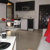 One-Bedroom Apartment with Balcony (4 Adults) - Free Wi-Fi
