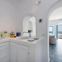 Junior Suite with Balcony and Panoramic Sea View and Heated Outdoor Jacuzzi