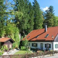 Hotel Pictures: Apartment Villa Asih, Oberammergau