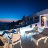 Deluxe Villa with Private Pool & Hot Tub and Panoramic View