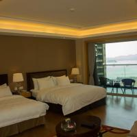 Mainland Chinese Citizens - Deluxe Family Room with Lake View