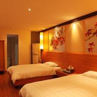 Twin Room B