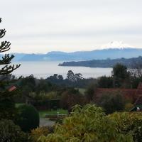 Hotel Pictures: Cabañas Lomas del Lago, Frutillar