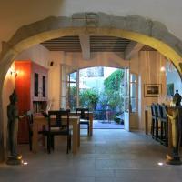 Hotel Pictures: La Maison Sur La Sorgue, L'Isle-sur-la-Sorgue