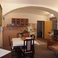 Hotel Pictures: Apartmány u Koček, Tábor