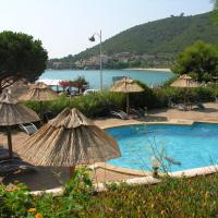 Hotel Pictures: Residence Le Telemaque, Tarcu