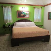 Hotel Pictures: Toucan Stay Inn - Punta Uva, Punta Uva