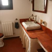 Double Room with Private Bathroom - Upper floor